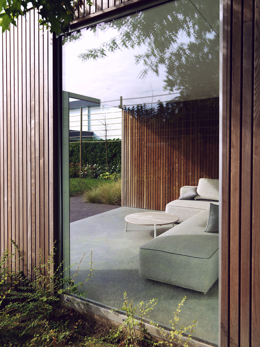 Modern garden shed and lounge space, Roeselare   Livinlodge